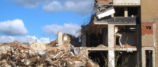Co je všechno potřeba k demolici domu?