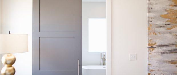 Posuvné dveře jako moderní vychytávka, která vám ušetří spoustu místa